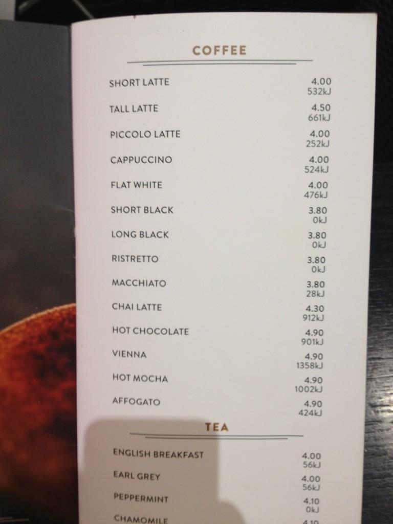 Kávy se tu jmenují trošku jinak