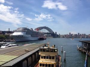 Circular Quay a zaoceánská loď